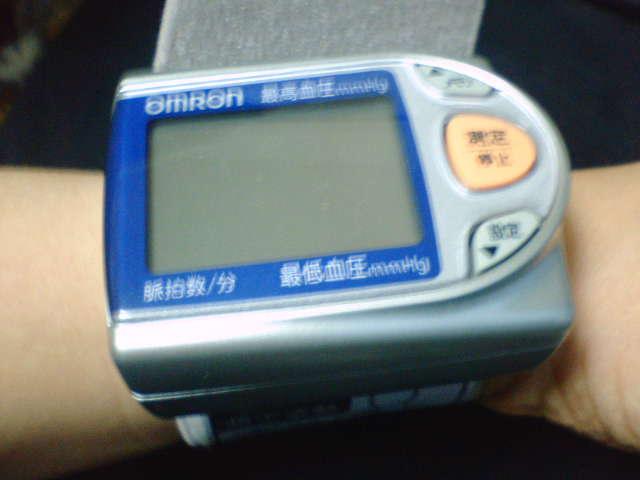 オムロンの腕時計